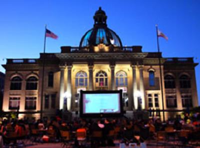 movies-on-the-square-Redwood-City.jpg